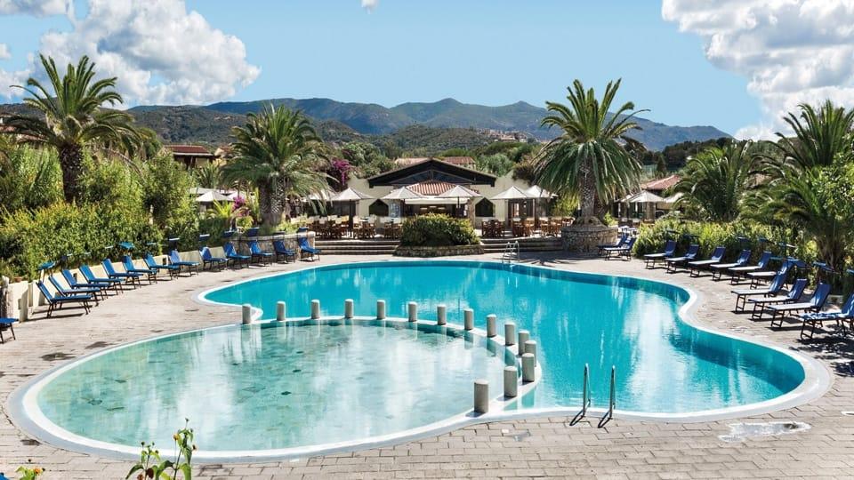 resort-le-dune-hotel-palme-piscina2-960